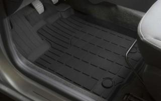 Какие выбрать коврики для Renault Sandero