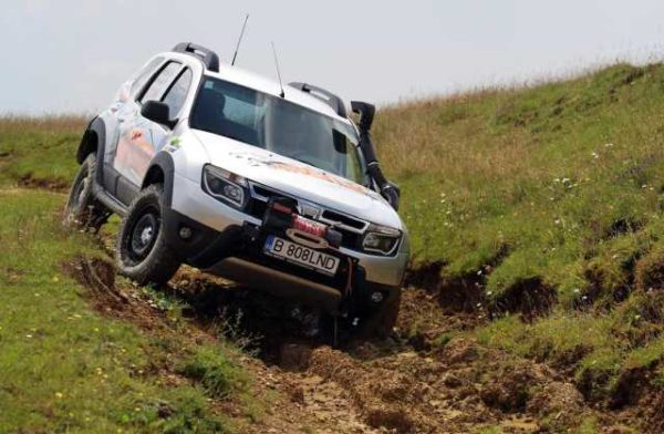 Renault Duster Mud