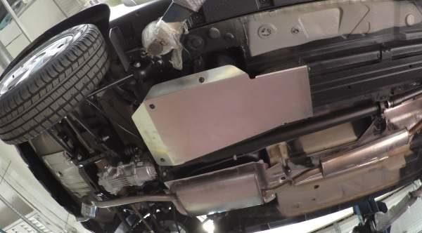 защита бензобака Renault Duster